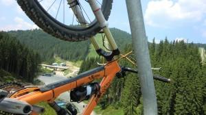 Подъемник в Буковели для велосипеда